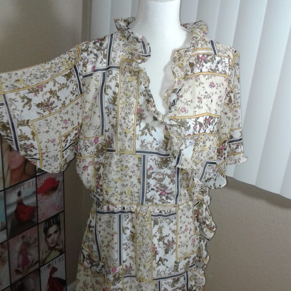 Angela Plus Dresses & Skirts - NWOT Angela Plus Printed Wrap Dress SZ 3X
